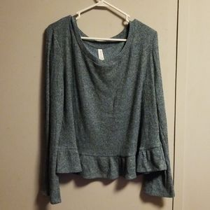 Gray/Blue long sleeved top